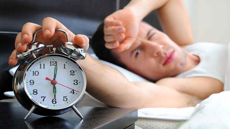تاثیر استرس بر خواب چیست؟