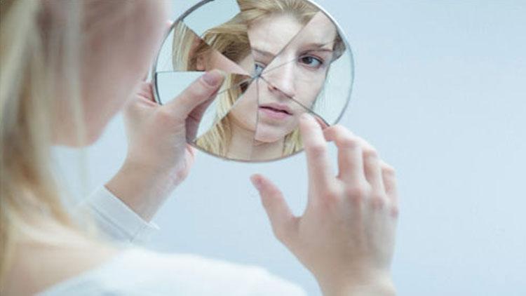 اختلالات تجزیهای چیست؟ علائم اختلالات تجزیهای کدامند؟