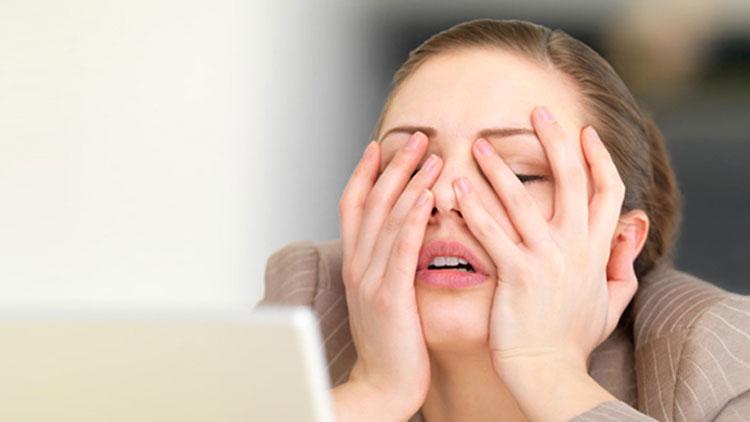 تاثیر استرس بر بینایی چیست؟