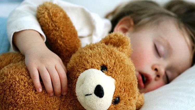 بررسی موضوع نیاز به خواب در کودکان و نکات مهم آن