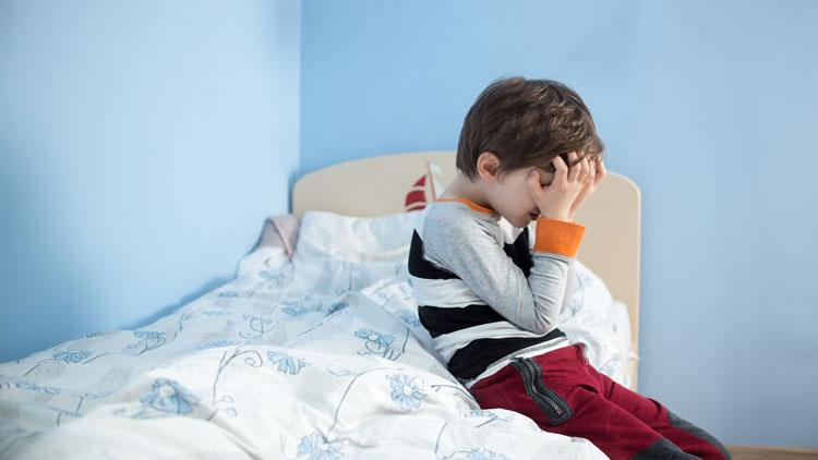 آسیب عصبی باعث میشود کودکان توانایی کنترل مثانهشان را نداشته باشند
