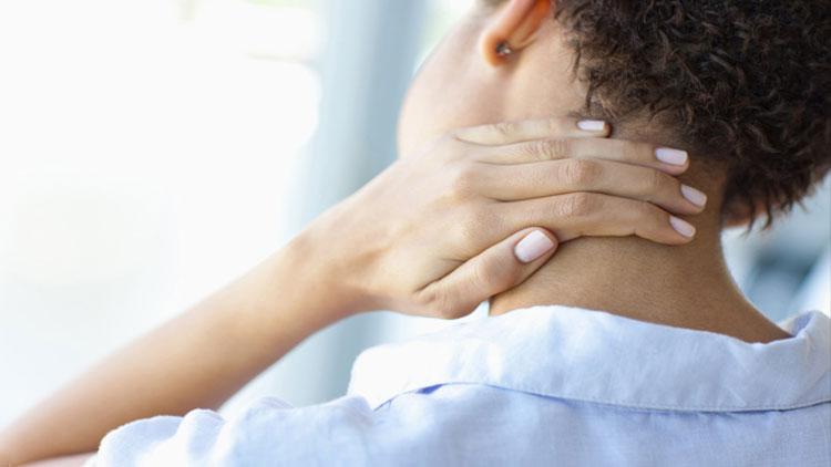 تمرینات درد گردن بهصورت تصویری
