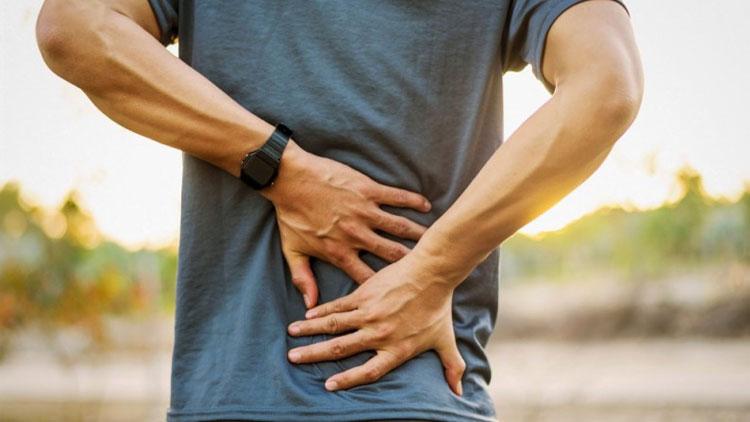 درد وسط کمر و درمان آن