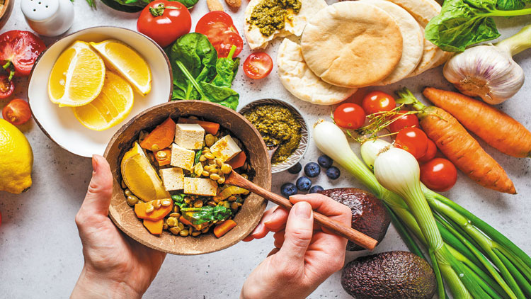 رژیم غذایی سالم برای قلب نیازی به چربی کم ندارد از دیدگاه مدرسه عالی پزشکی دانشگاه هاروارد