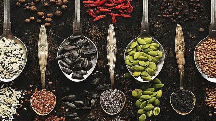 گیاهان مفید برای گوارش در طب آیورودیک