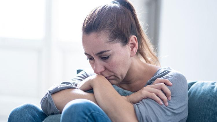 عادتهایی که باعث افسردگیتان میشوند