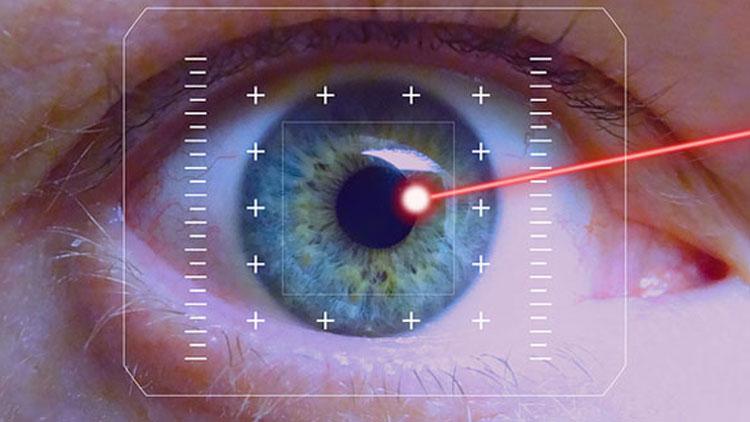 عمل لیزیک چشم چیست؟ همه چیز در مورد جراحی لیزر چشم