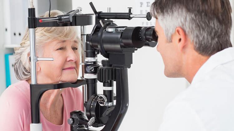 پیری شبکیه چشم و نابینایی در صورت عدم تشخیص سریع