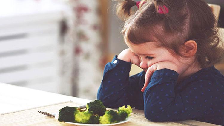 سوال و پاسخ ( علل، علائم و راههای پیشگیری و درمان کمخونی در کودکان چیست؟)
