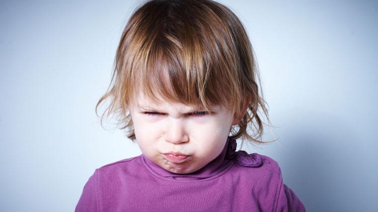 پنج راه عالی برای واکنش نشان دادن به کودکان غرغرو